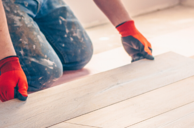 Laminate and Wood Flooring: DIY Sealants